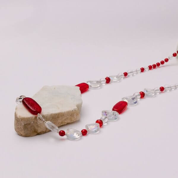 Bohemian pressed glass and faceted crystal necklace