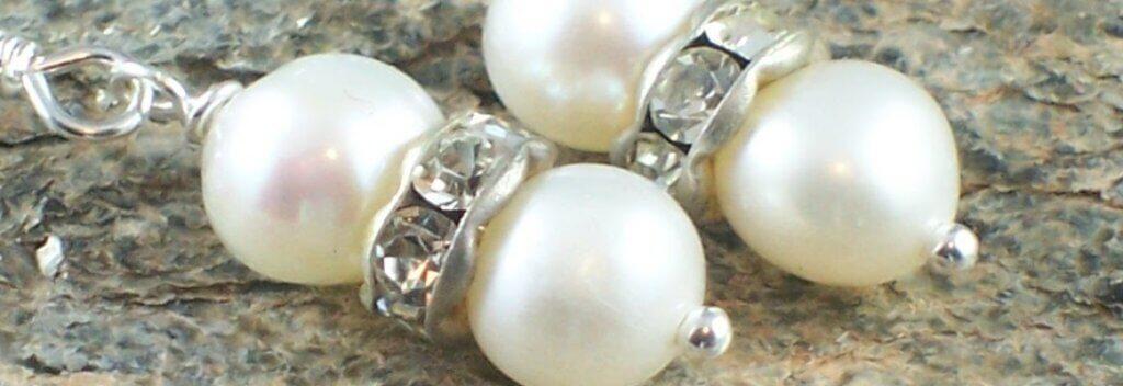 Pearl earrings MaxineFaye