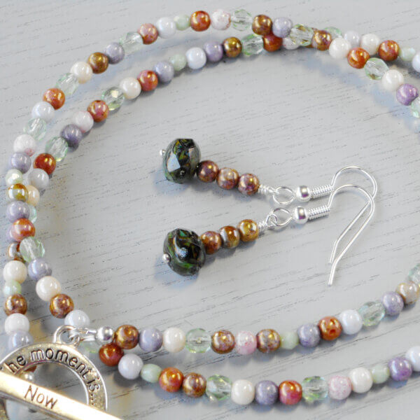 Lustre glass necklace and earrings