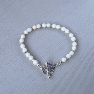 White faceted coral bracelet