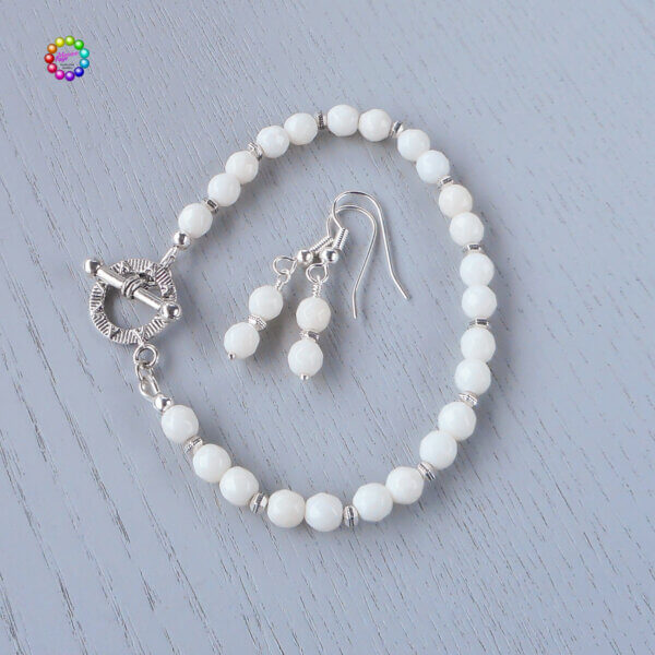 White coral faceted bracelet and earrings